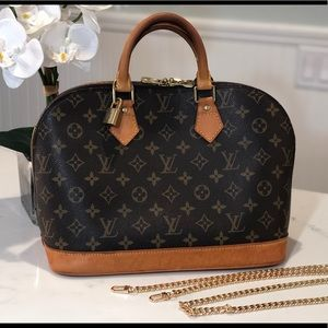 Authentic! Louis Vuitton Alma PM